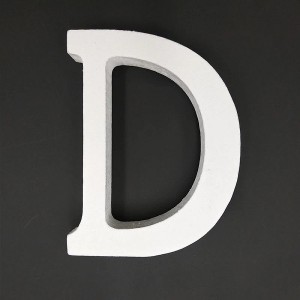 Lesena črka D  11 cm