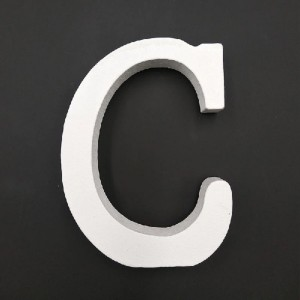 Lesena črka C  11 cm