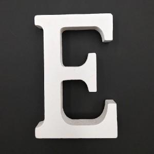 Lesena črka E 11 cm